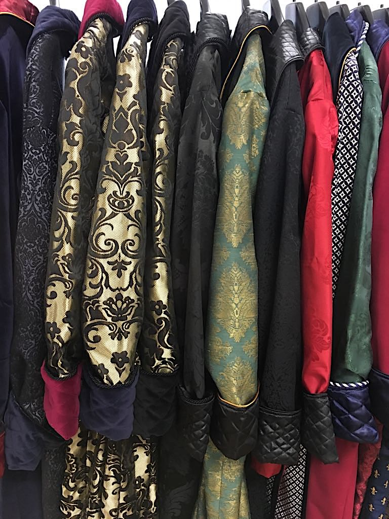 Men s classic dressing gowns quilted silk paisley velvet vintage robes  regency victorian gentleman s robe 9c2bde20a